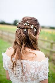 wedding flowers hair or modern the right hairstyle for different brides
