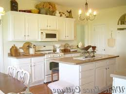 How Paint Kitchen Cabinets White by Amazing Yellow And White Painted Kitchen Cabinets How To Paint