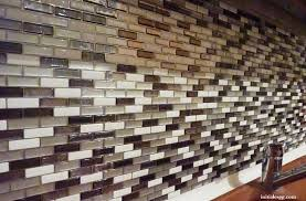 revetement mural cuisine adhesif test le carrelage adhésif par smart tiles initiales gg