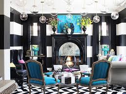 Kourtney Kardashian Home Decor by Kourtney Kardashian Selling Optical Illusion House In Calabasas