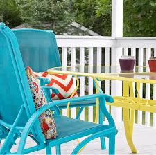 Repainting Metal Patio Furniture - diy upcycled deck furniture accessories