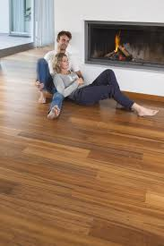 veneer flooring with a thin layer of wood par ky