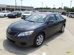 2011 toyota camry colors 2011 magnetic gray metallic toyota camry le 65753122 gtcarlot