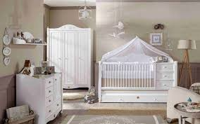 couleur de chambre de bébé luxe deco chambre bébé fait artlitude artlitude