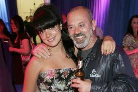 lily allen opens up on relationship with dad keith i ve walked