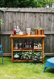 Build Your Own Wooden Patio Table by Best 25 Outdoor Bar Table Ideas On Pinterest Outdoor Bars Bar