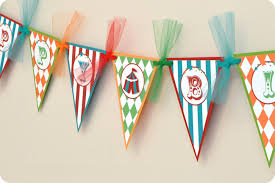 diy basics pennant flag banners free printables brit co