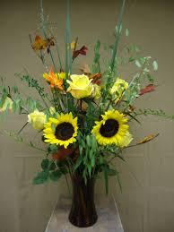 Flower Arrangements Home Decor How To Make A Flower Arrangement That Welcomes Fall The Loversiq