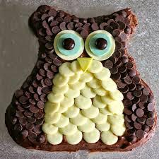 owl birthday cakes green gourmet giraffe owl birthday cake