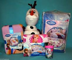 Frozen Bed Set Twin by Complete Disney Frozen Bed Set Comforter Sheets Olaf Pillow Large