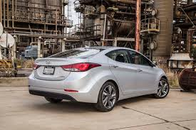 reviews on hyundai elantra 2014 2014 hyundai elantra limited test motor trend