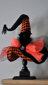 Halloween Wreath Witch Legs 34 Witch Themed Halloween Decorations To Create An Ambience Digsdigs