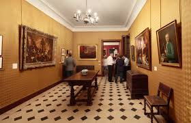 le bureau de victor maison de victor hugo tourist office