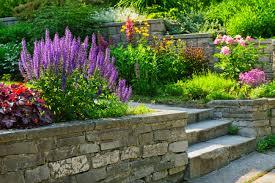 5 steps when installing block retaining walls everett wa