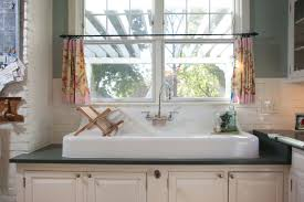 does kitchen sink need to be window ask what to do when your kitchen sink faces