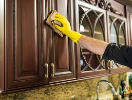cleaning grease off kitchen cabinets how to clean grease dust off kitchen cabinets imanisr com
