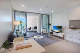 1 bedroom open plan beachfront apartments in noosa