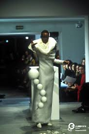 rolf s viktor rolf s s 1998 haute couture collection photo by etienne