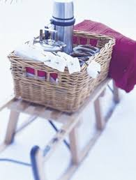 Picnic Basket Ideas Organise A Romantic Winter Picnici Cleaning