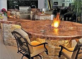 marmorplatte küche outdoor küche mit grill ausgestattet