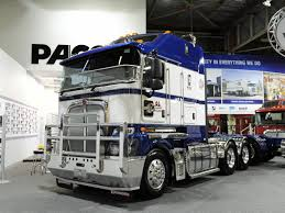 kenworth trucks australia 200th kenworth delivered to mccoll s logistics trucking