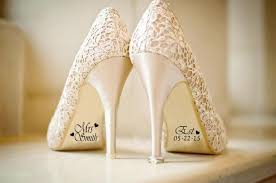 wedding shoes for of the groom 6 shoe bottom details you ll