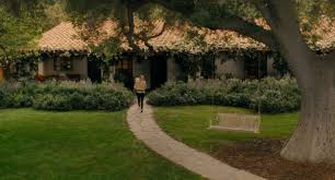 tour the spanish style home in the movie it u0027s complicated