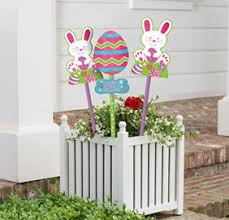 Easter Lawn Decorations by Outdoor Easter Decorations Party City