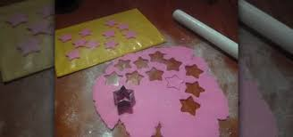 Butterfly Cake Decorations On Wire How To Make Fondant Icing Shooting Stars For Cake Decorating