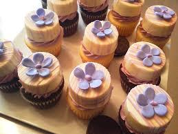 where to buy chocolate covered oreos belgian chocolate covered oreo cookies with cupcakes