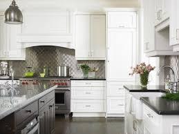 17 best black n u0027 white kitchens images on pinterest kitchen