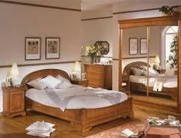 chambre en merisier agencement déco chambre meuble merisier soins
