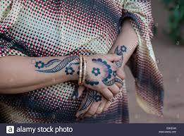 henna tattoo hands stock photos u0026 henna tattoo hands stock images