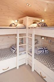 T Shaped Bunk Bed Bunk Room What A Great Use Of Space For A Cabin House Ideas