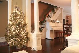 Furniture Clean House Fast Decorating by The Little Brick City Home Christmas Tour U2039 Skies Of Parchment