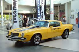 transformers 4 bumblebee becomes a 1967 chevrolet camaro