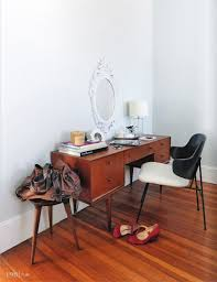 Mid Century Modern Vanity Best 25 Modern Vanity Table Ideas On Pinterest Modern Makeup