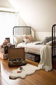 vintage inspired bedroom ideas 14 vintage inspired decorating ideas for a boy s bedroom fancy diy art