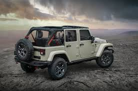 2018 jeep wrangler jeep wrangler jk continues on for 2018 model year motor trend