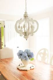 Dining Room Designs With Simple And Elegant Chandilers by Best 25 White Chandelier Ideas On Pinterest Painted Chandelier