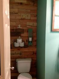 pallet wall behind toilet wall color sherwin williams drizzle