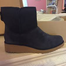 womens ugg kristin boot 7 ugg shoes s ugg kristin slim boot from