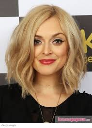 hair style ideas with slight wave in short great way to style a long bob with a slight wave through the mid