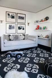chambre ado new york couleur chambre ado canapé droit en tissu gris taupe tapis noir