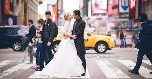 Zach Braff Meme - zach braff adorably photobombs bride and groom pic