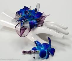 corsage and boutonniere for homecoming corsage boutonnieres prom homecoming vickie s flowers brighton