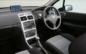 peugeot partner interior peugeot 307 hatchback 2001 2007 photos parkers