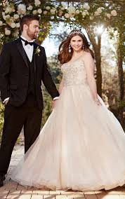 romantic and glamorous plus size wedding dresses pretty happy