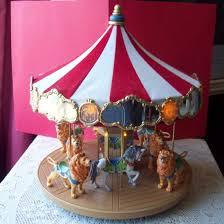 hallmark carousel ride 2004 lights display w six majestic
