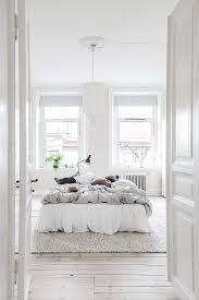 Schlafzimmer Harmonisch Einrichten Hygge Kuscheliges Schlafzimmer In Weiß Und Anderen Neutralen
